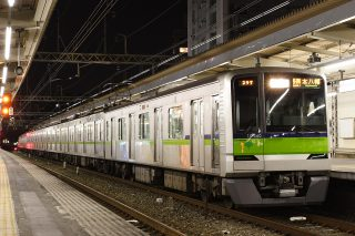 東京都交通局 10-300R形 新宿線